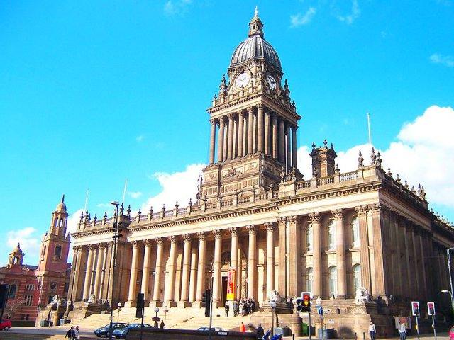 800px-Leeds_Rathaus