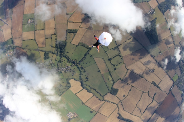 alix falling out of sky 051