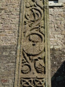 Sundial on Bewcastle Cross. Image : Bewcastle House of Prayer