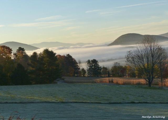 72-misty-mountain-morning-peacham-monday_008