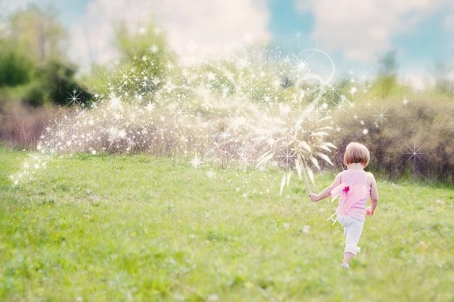 little-girl-626114_640